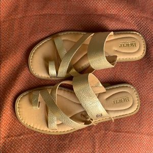 Gold Born sandal
